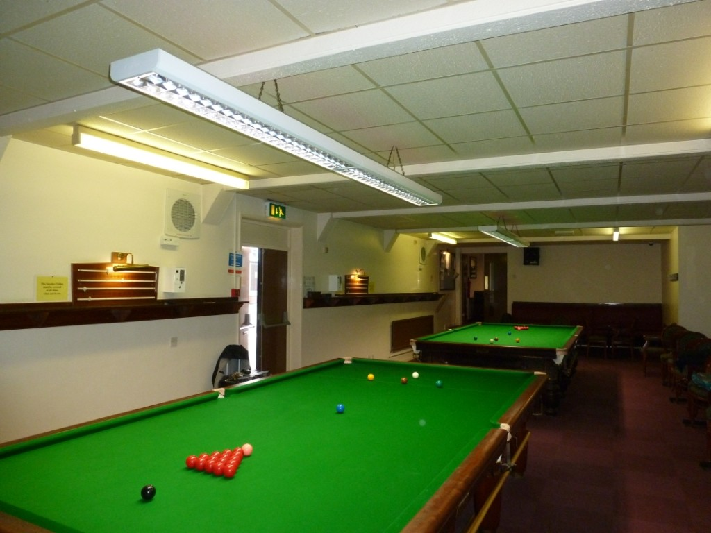 Fitting gcl billiards pro lighting derby 2 keyboard keysfo Image collections