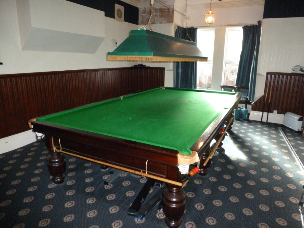 Derby F Table Old Shade